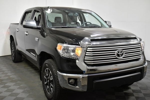 2016 Toyota Tundra Limited 4Dr Crew Cab 4WD